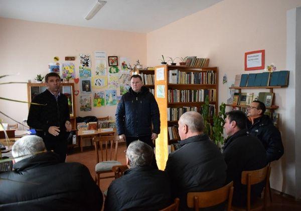 Юрий Ветоха выехал в Сакский район по обращению граждан