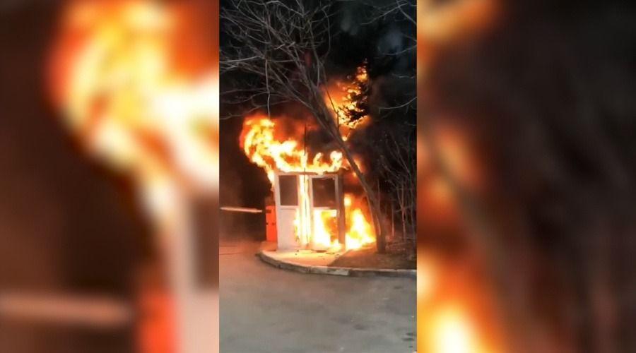 В одном из домов Симферополя сгорел консьерж из-за незаконной постройки