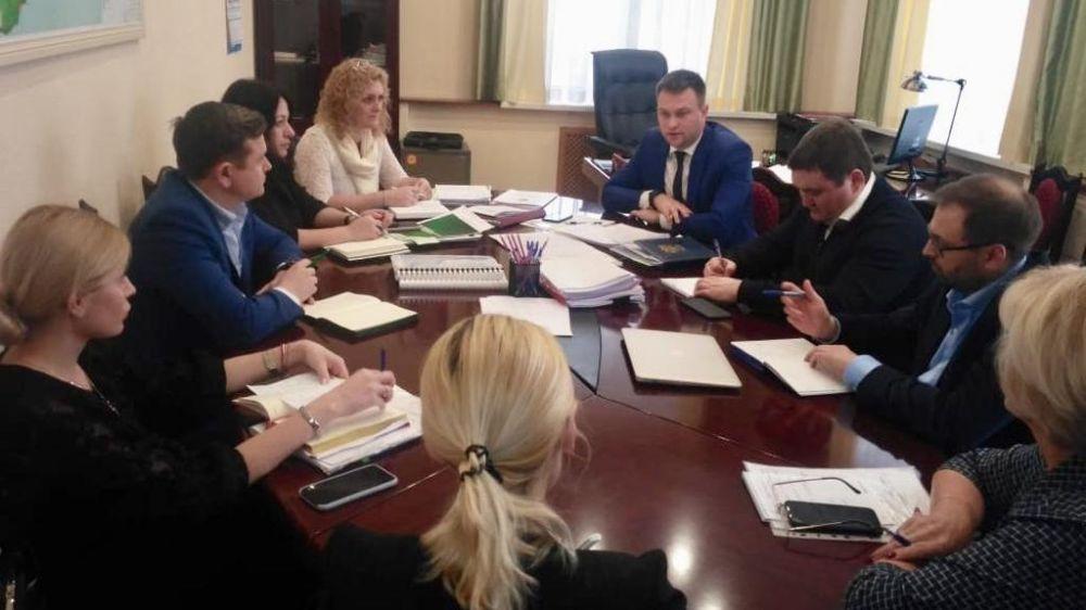 Дмитрий Шеряко провел совещание с подведомственными министерству организациями