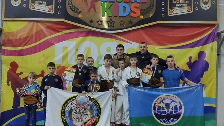 Юные крымские спортсмены завоевали шесть чемпионских поясов на фестивале армейского рукопашного боя в Анапе