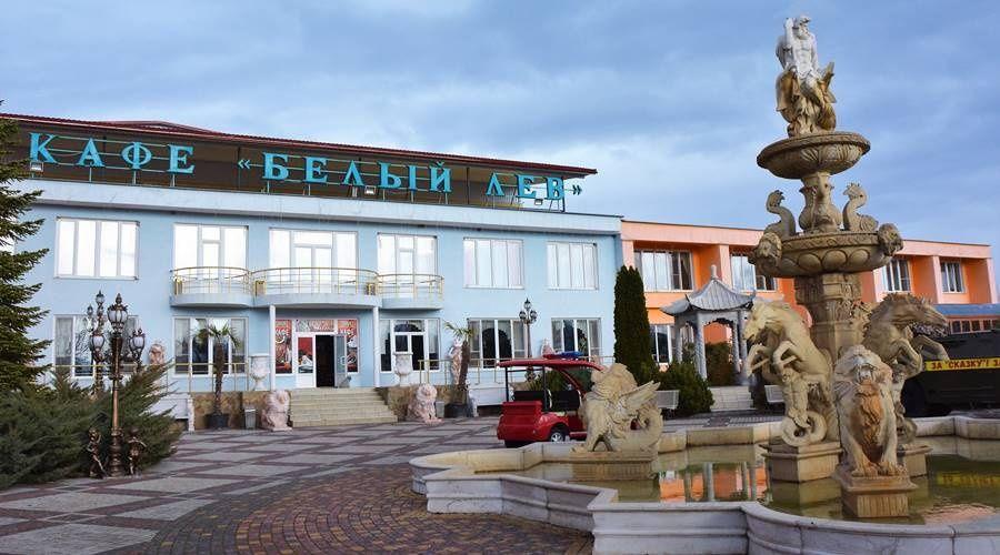 Власти района требуют от владельца «Тайгана» узаконить гостиницу и кафе