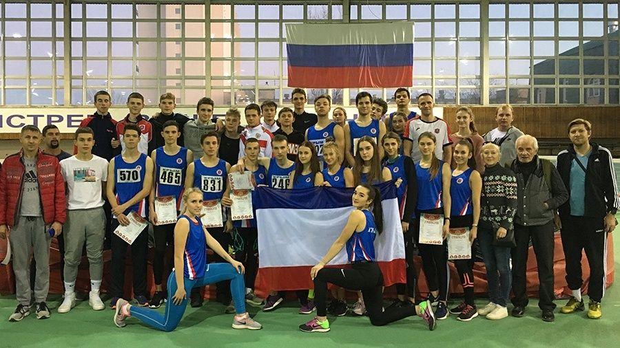 37 медалей и третье командное место завоевали крымские легкоатлеты на чемпионате и первенствах ЮФО в Волгограде