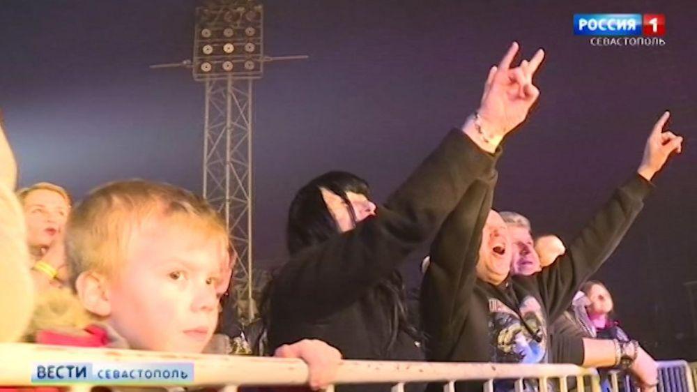 В Севастополе отыграли «Рок-н-ролл на Рождество»