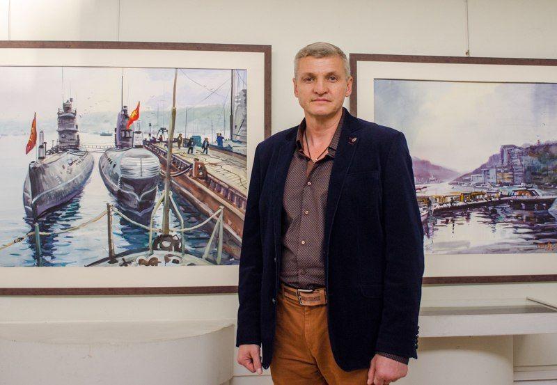 Старший мичман Черноморского флота стал Народным художником Крыма