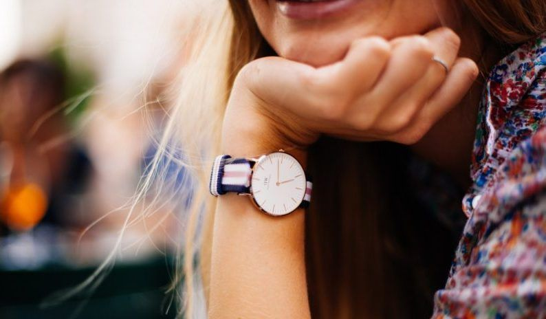 Женские часы — стильные новинки с хорошими скидками