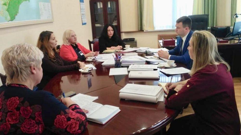 В Минэкономразвитии РК обсудили подготовку ко Всероссийской переписи населения