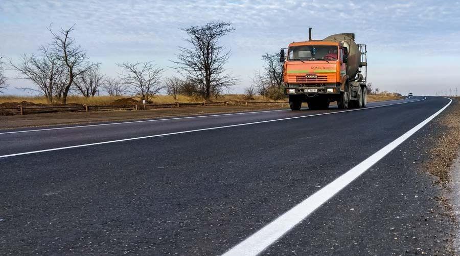 Минтранс Крыма намерен ввести ограничения для грузовиков на отремонтированных дорогах