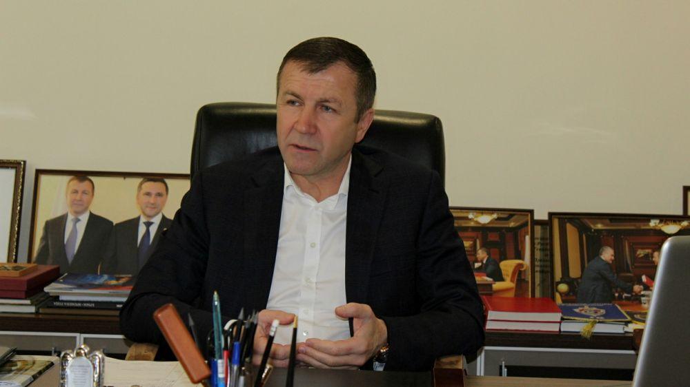 Геннадий Нараев провел рабочую встречу с главой администрации Джанкойского района Инной Федоренко