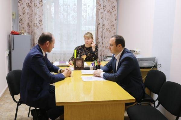 Сергей Трофимов провел ряд рабочих встреч в Сакском районе