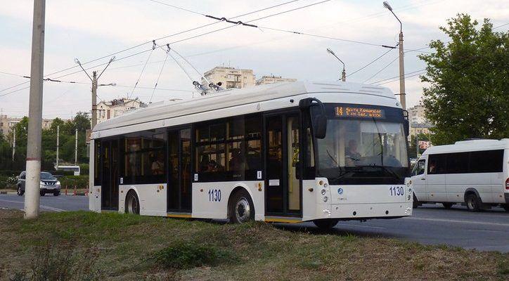 В Севастополе приостановили движение четырех троллейбусных маршрутов