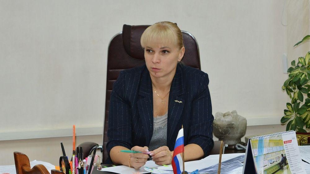 Елена Крестьянинова провела совещание с работниками аппарата Администрации района