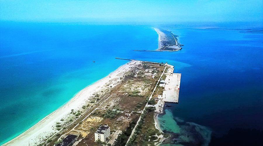 Поклонская будет просить ДиКаприо спасти крымский песок