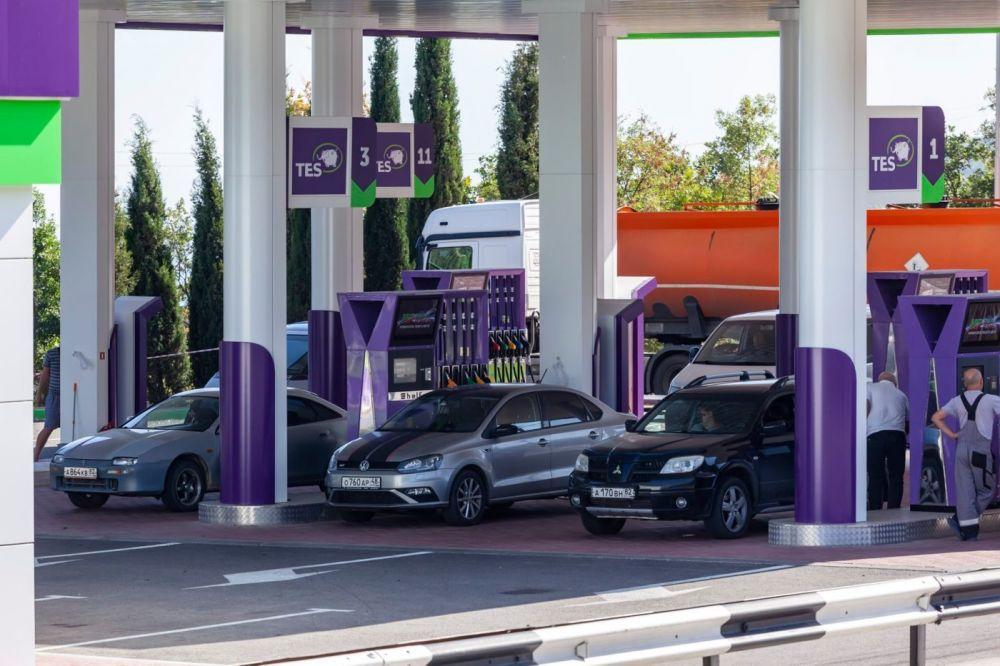 Ещё одна сеть АЗС в Крыму снижает цены на топливо