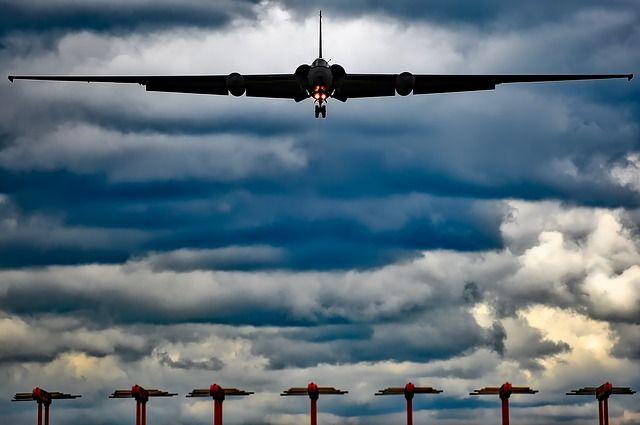 Сразу два летательных аппарата США ведут разведку над побережьем Крыма