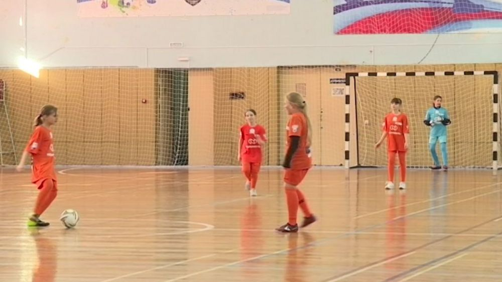 В Севастополе проходит отбор школьников на всероссийские соревнования по мини-футболу