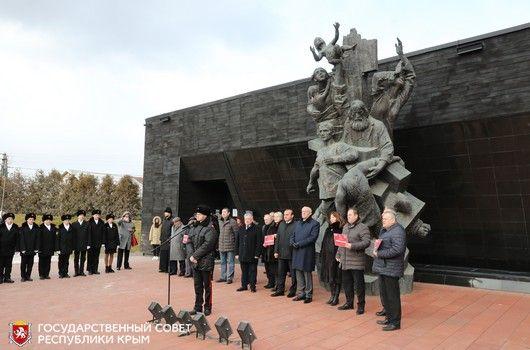 Ефим Фикс: Пока память о Холокосте жива, никто и никогда не допустит повторения этой величайшей трагедии