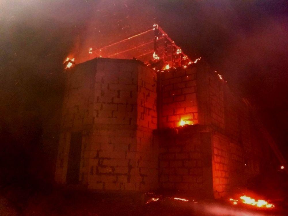 На выходных в Севастополе горел мужской монастырь