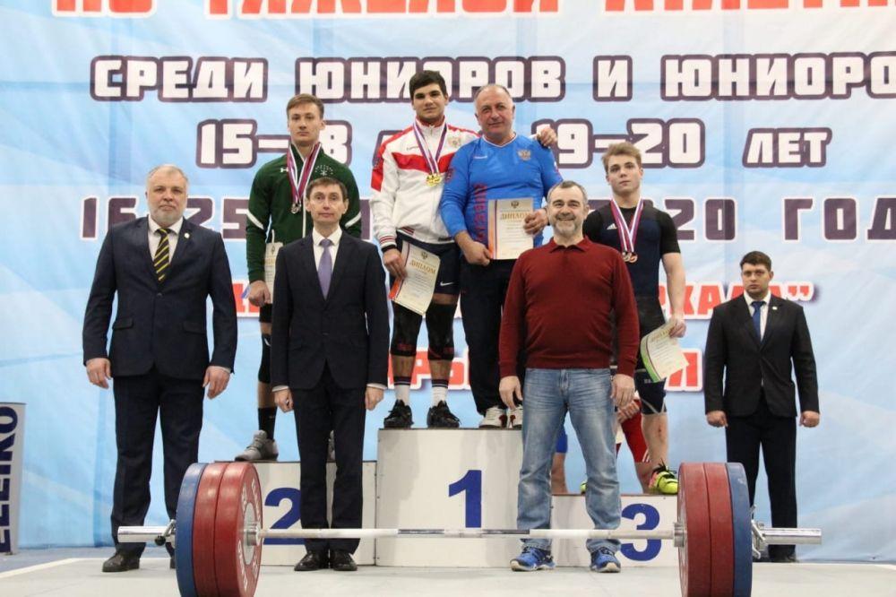 Крымчане с рекордами страны стали лучшими на Первенстве России по тяжелой атлетике