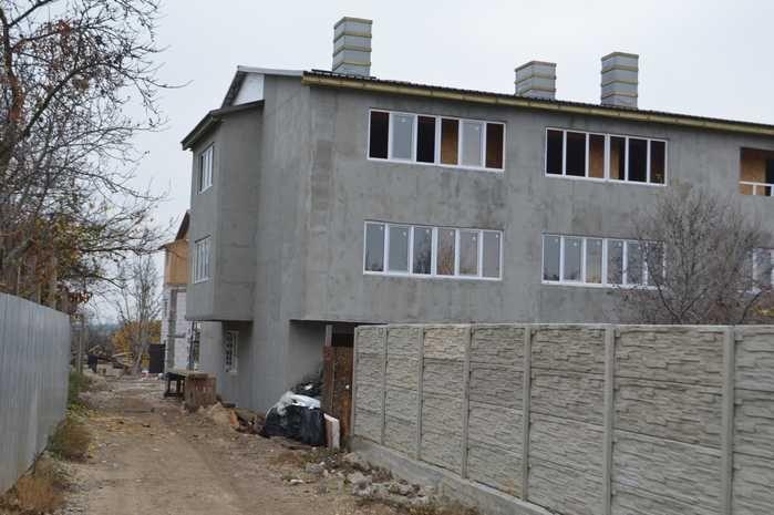 Севастопольские «курятники» продаются по-прежнему