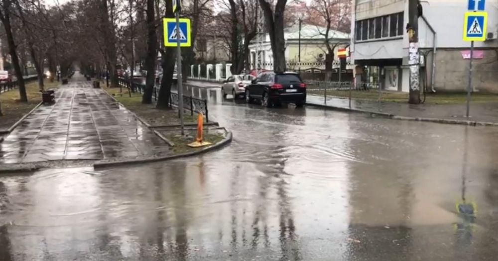 """Подрядчик еще раз отремонтирует """"безопасную и качественную"""" дорогу на бульваре Франко"""