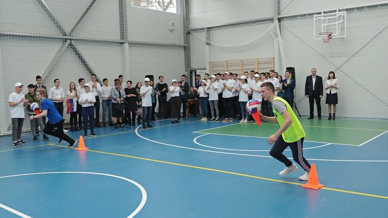 В Симферопольском политехническом колледже открылся модульный спортзал