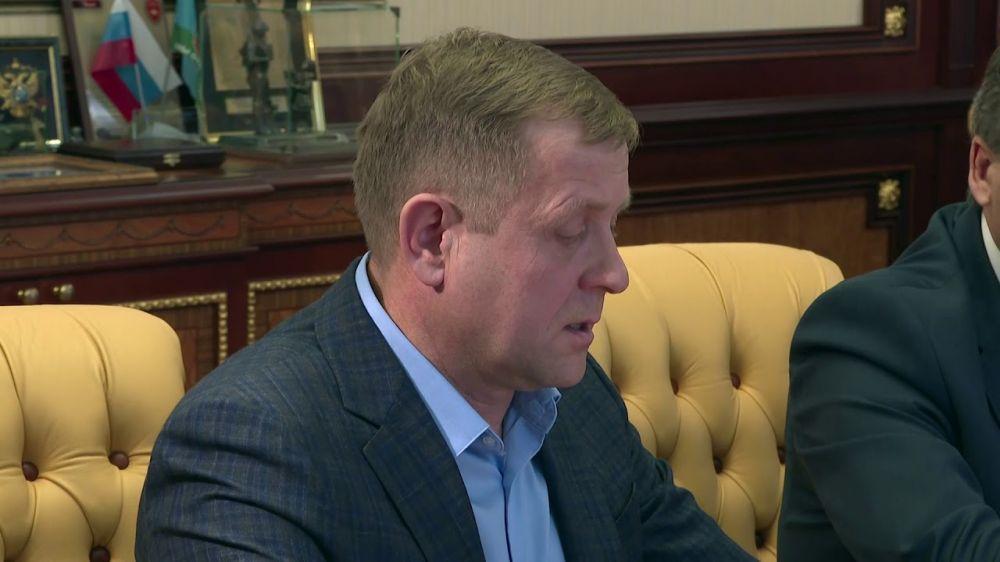 Глава Республики Крым провёл рабочую встречу с директором парка «Тайган»