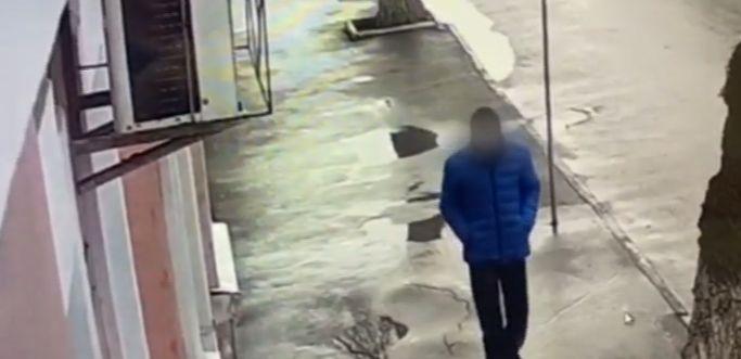 В Феодосии краснодарец нагрянул в офис микрозаймов с «ножом». Ограбил. Поймали