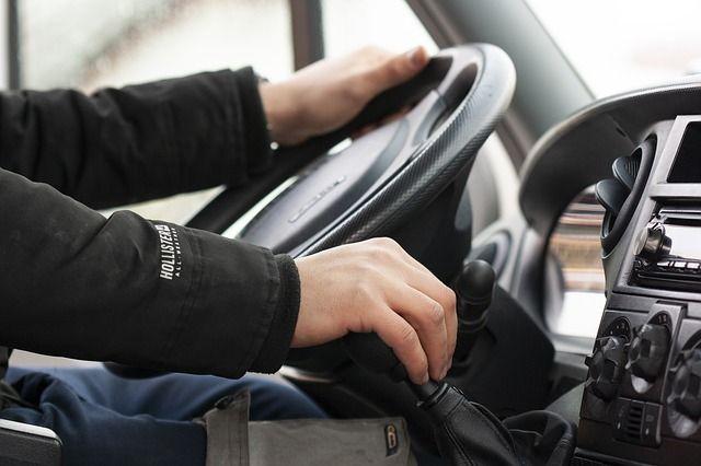 Пьяному водителю, пытавшемуся подкупить инспекторов ДПС, грозит до 8 лет тюрьмы