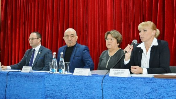 Сергей Трофимов принял участие в первом заседании Совета территорий Первомайского района