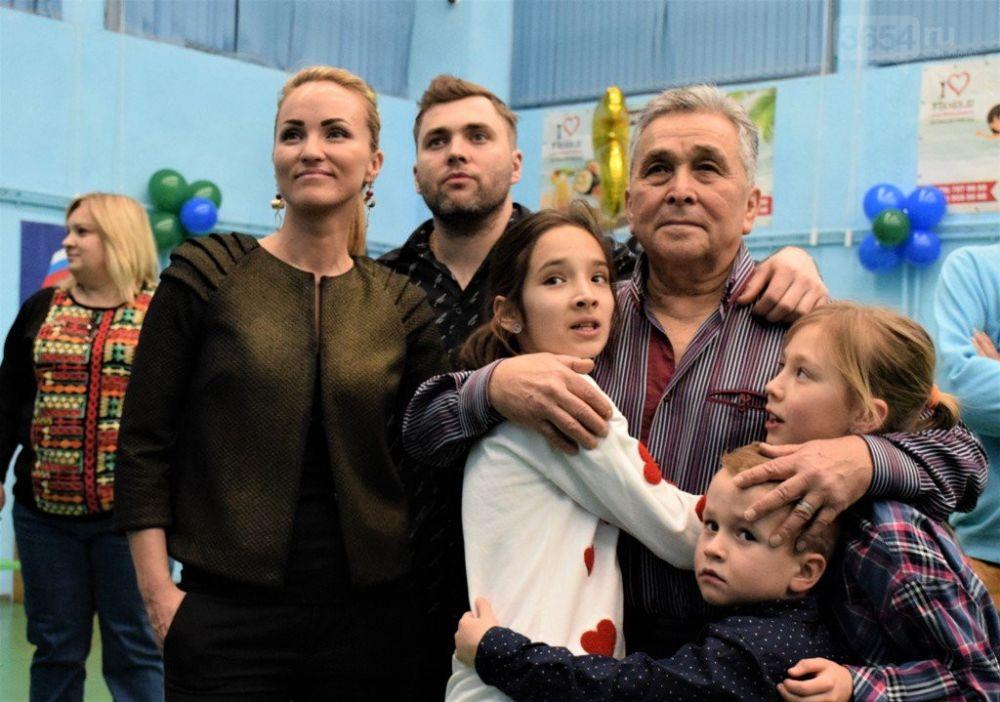 Известный ялтинский тренер по настольному теннису Владимир Прима отметил 75-летний юбилей