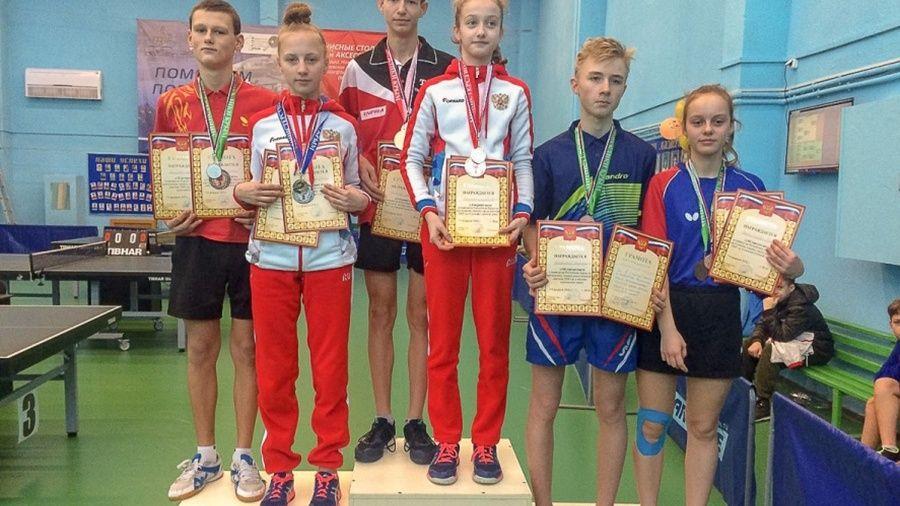 В Ялте определились победители первенства Крыма по настольному теннису среди юношей и девушек до 15 лет