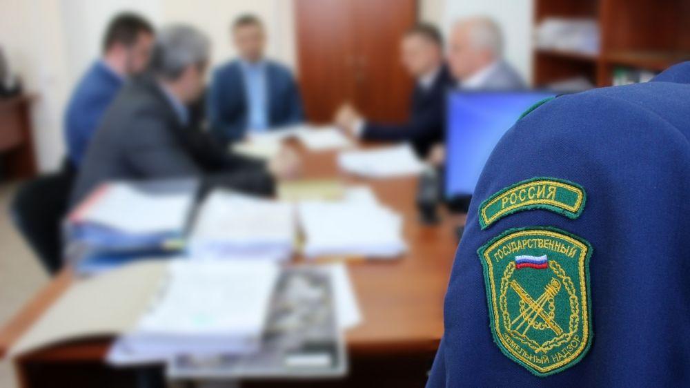 Инспекторы Госкомрегистра выявили 74 нарушения в правовых актах по распоряжению землей в Бахчисарае – Александр Спиридонов