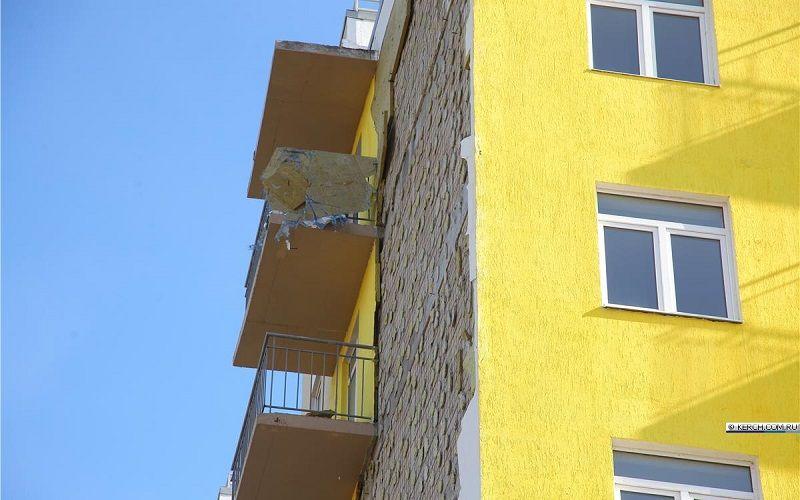 Фасад керченского дома для депортированных отремонтируют «по гарантии»
