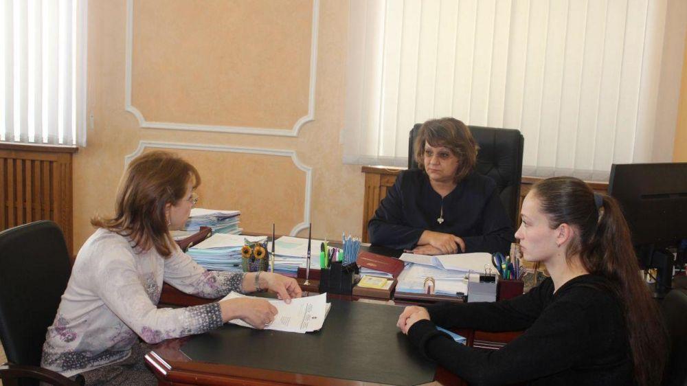 Елена Романовская провела личный прием граждан