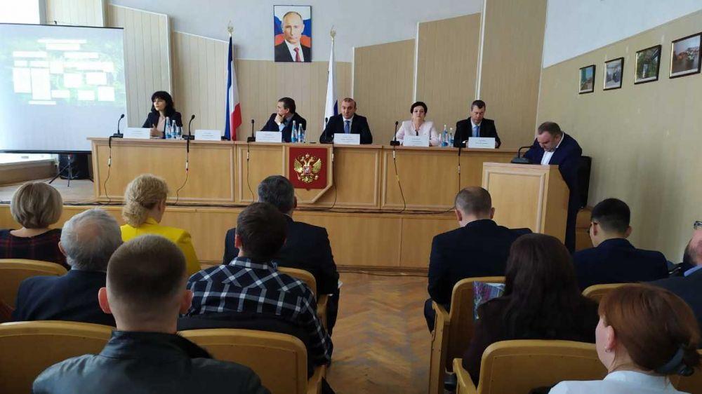 Андрей Рюмшин: С начала года крымские аграрии приобрели 1300 тонн дизельного топлива и 403 тонны автобензина
