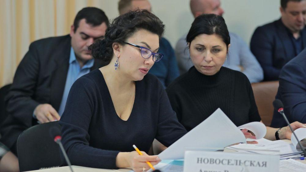Арина Новосельская приняла участие в совещании по вопросам реализации мероприятий ФЦП «Социально-экономическое развитие Республики Крым и города Севастополя до 2022 года»