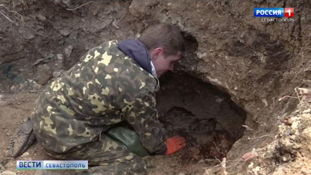 Найденные в центре Севастополя останки пехотинцев захоронят в мае
