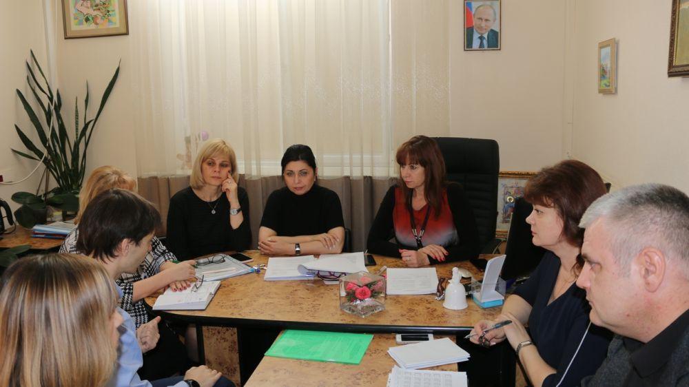 По поручению Арины Новосельской организовано межведомственное совещание по урегулированию оплаты труда в детских школах искусств Красногвардейского района