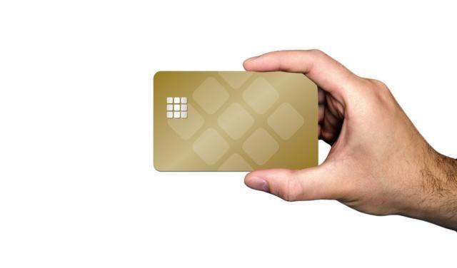 В Симферополе льготникам выдадут дополнительные банковские карты для оплаты проезда