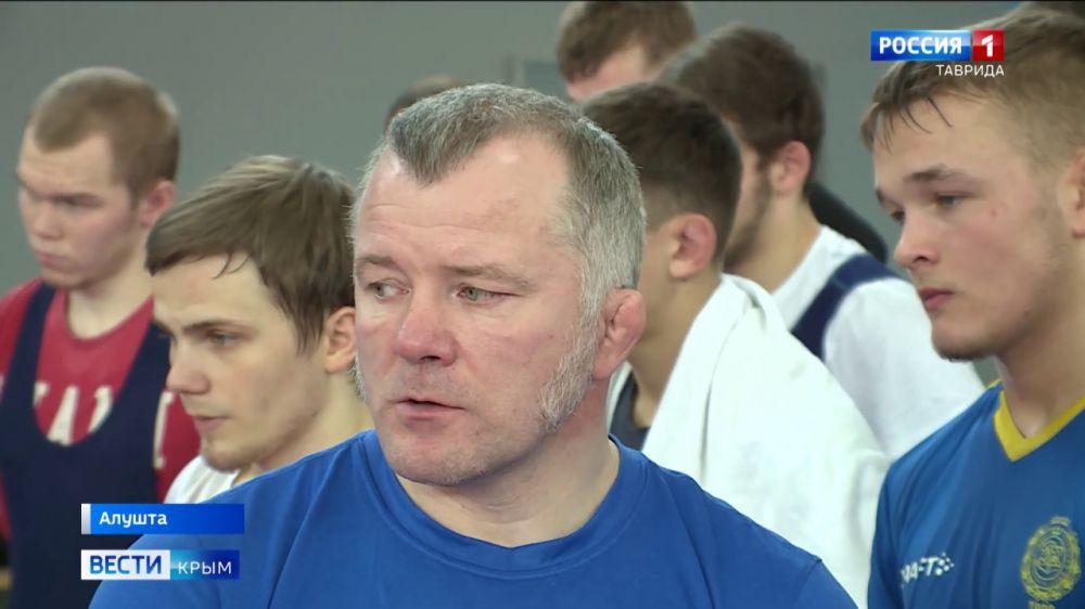 В Крыму проходит совместная тренировка российских и шведских спортсменов