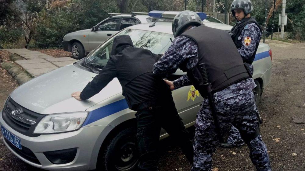 В Ялте задержали фальшивомонетчика