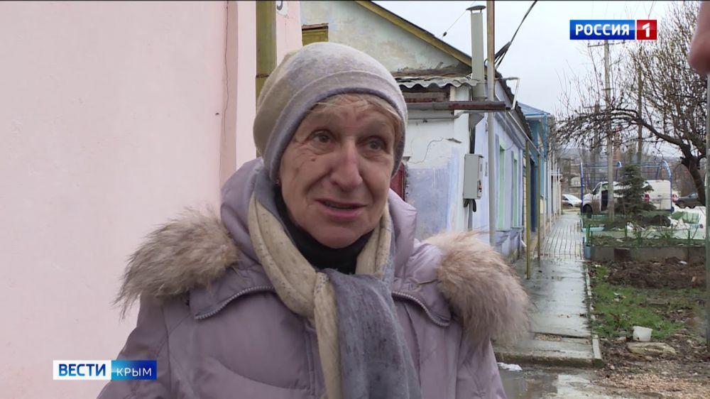 В Феодосии соседи на три года замуровали пенсионерам вход в собственный дом