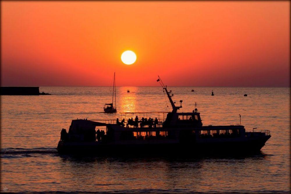 Вечером 23 февраля отменят два рейса катера
