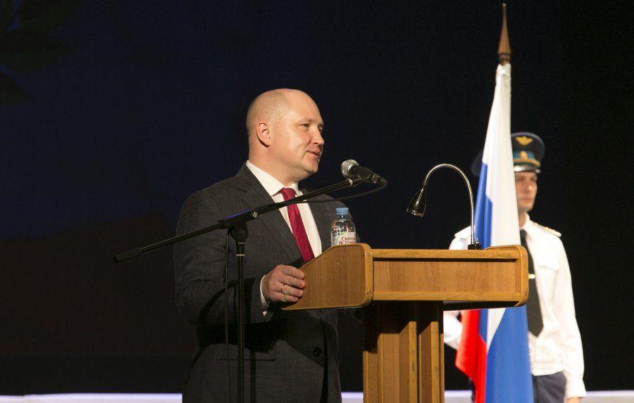 С Днём защитника Отечества и Народной воли поздравил севастопольцев Развожаев