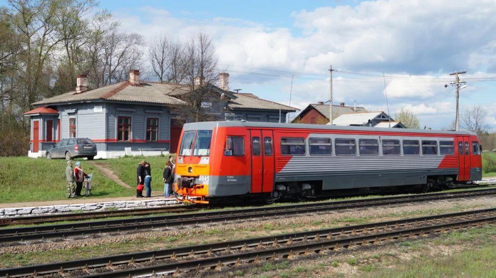 Симферополь свяжут с Керчью рельсовым автобусом