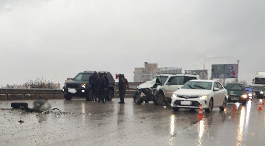 Несколько машин столкнулись на объездной Симферополя: очевидцы сообщают о погибшем, ВИДЕО