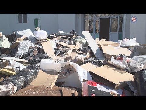 Возле ДЮК «Молодость» растёт гора из строительного мусора (СЮЖЕТ)