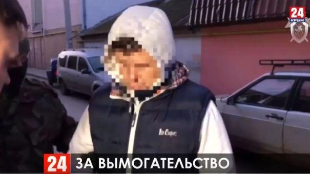 Шантажировал предпринимателя: в Евпатории суд заключил под стражу депутата