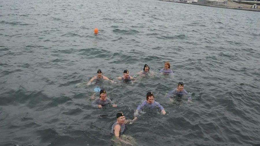 Севастополь принял VIII Международный слет любителей зимнего плавания