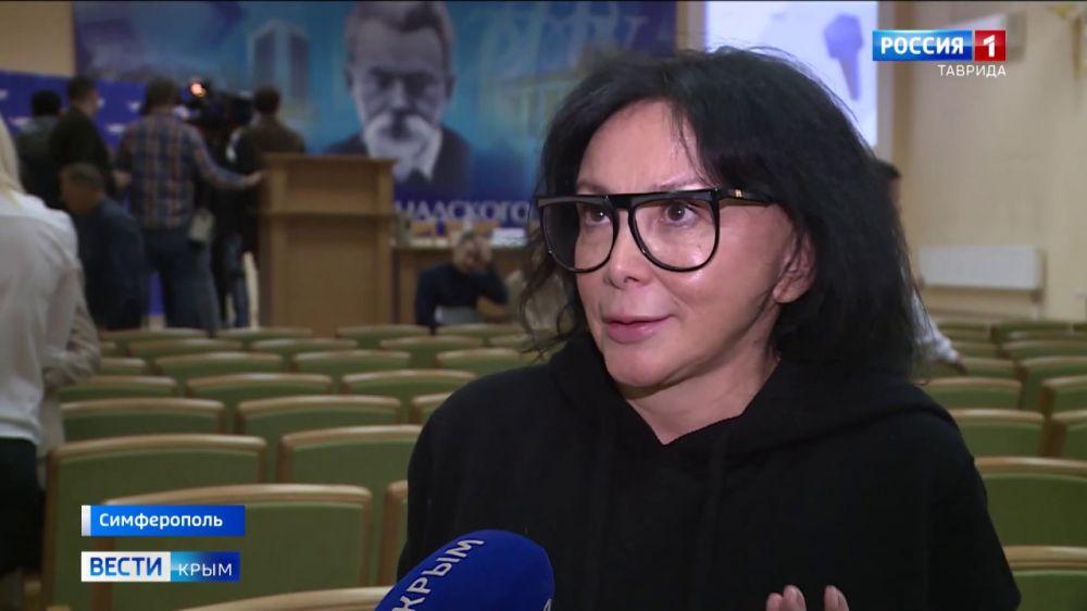 В Симферополе эксперты ОНФ выбирали лучших журналистов
